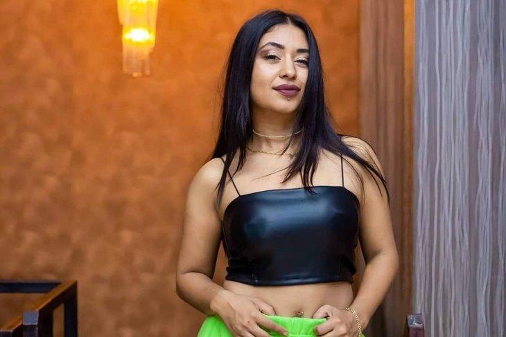 sexy Nepali brides